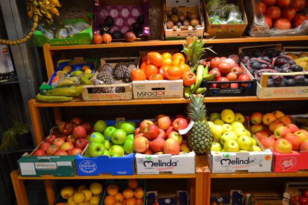 fornitura per ristoranti e cocktail bar di frutta esotica e frutta e verdura
